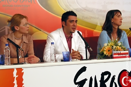 2004_pressconference_serbia_and_montenegro_2