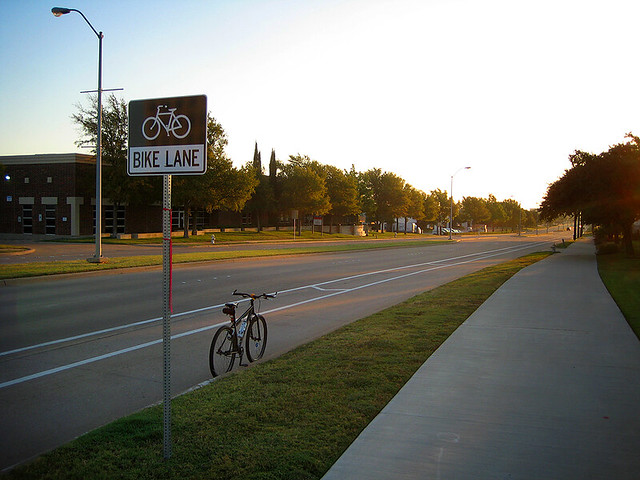 Bike Lane Collins - Richardson, TX