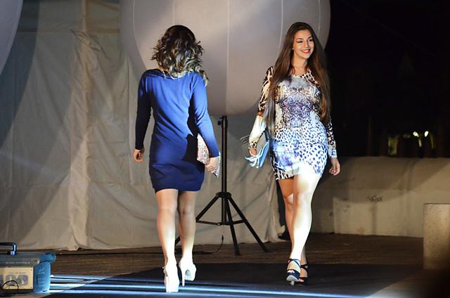 Smiling Fashion model, fashion show, Noche en Blanco, Puerto de la Cruz, Tenerife