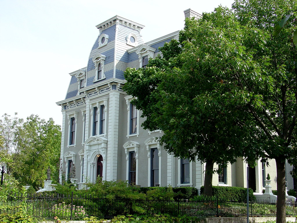 Bossler Mansion, St. Anne's Hill, Dayton, Ohio. Circa 1870s. Image credit John S., flickr.