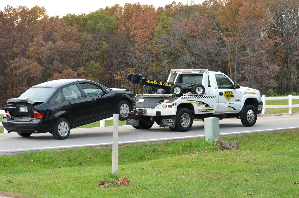 Two Car Accident Temporarily Closes Rock Quarry Road Flickr