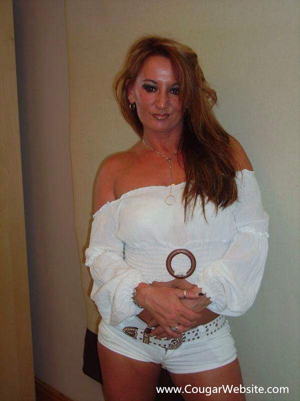 Meet Mature Ladies 33