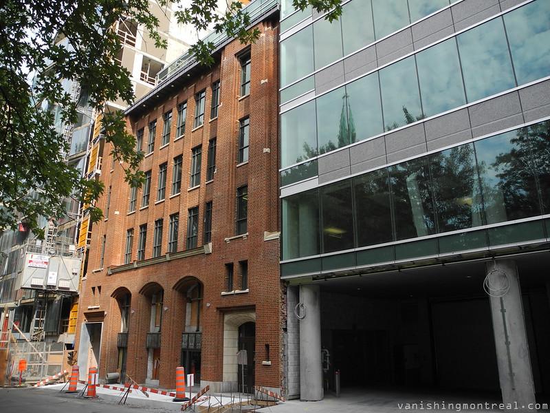 Altoria + old facade 1
