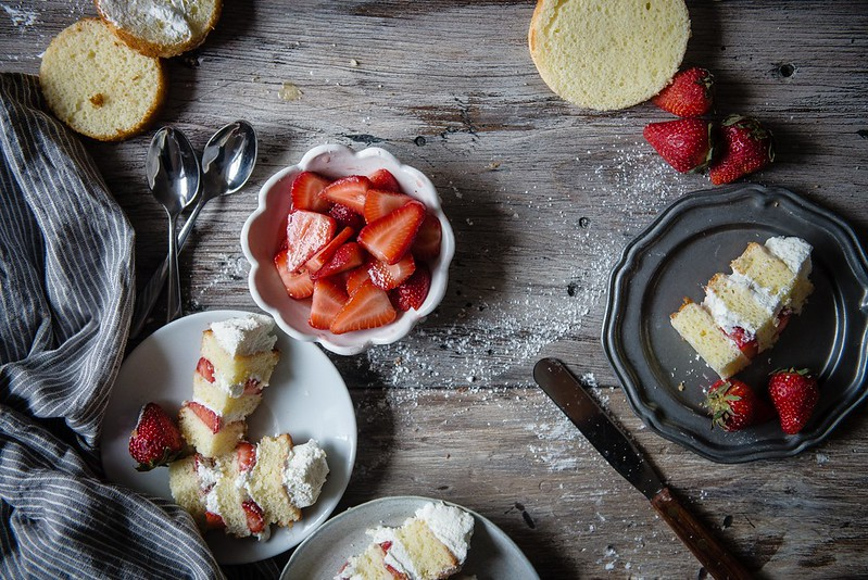 strawberries & cream chiffon cake | two red bowls