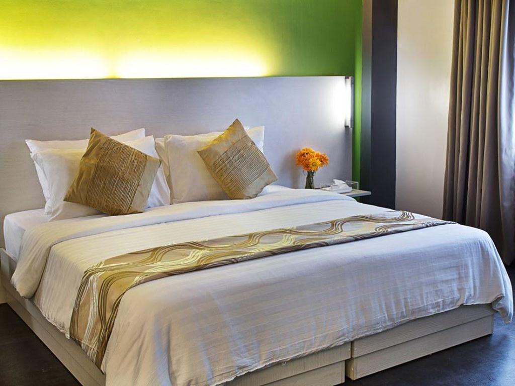 Pillows hotel cebu