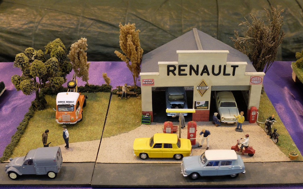 Garage de village ann es 60 agent renault salon arts for Garage de france agent renault sainte consorce