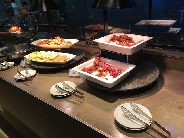 早餐:美式早餐必被的培根、煎蛋與薯塊@日月千禧酒店