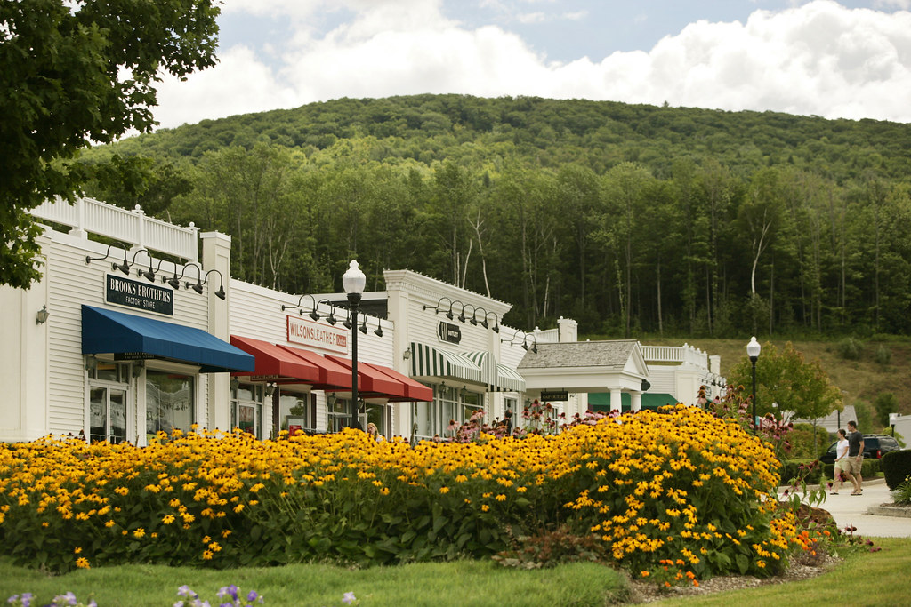 Lee Outlets in the Berkshires