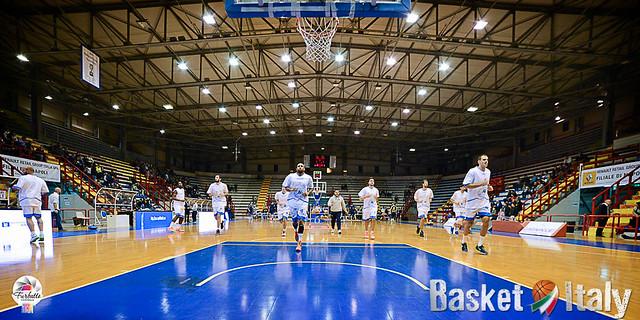 Le ultime in casa Azzurro Napoli Basket: dall'ipotesi Di Lorenzo al contenzioso sul Palazzetto