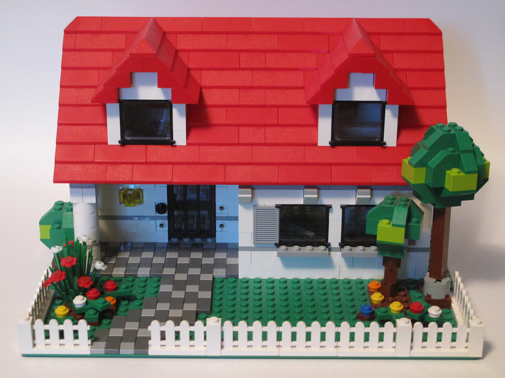 Lego house this house was modified from 4886 building for Lego house original