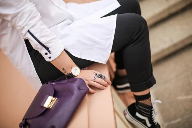 SS17-Street_Style-Outfits-Myblueberrynightsblog-Vans-fishnets-socks 9