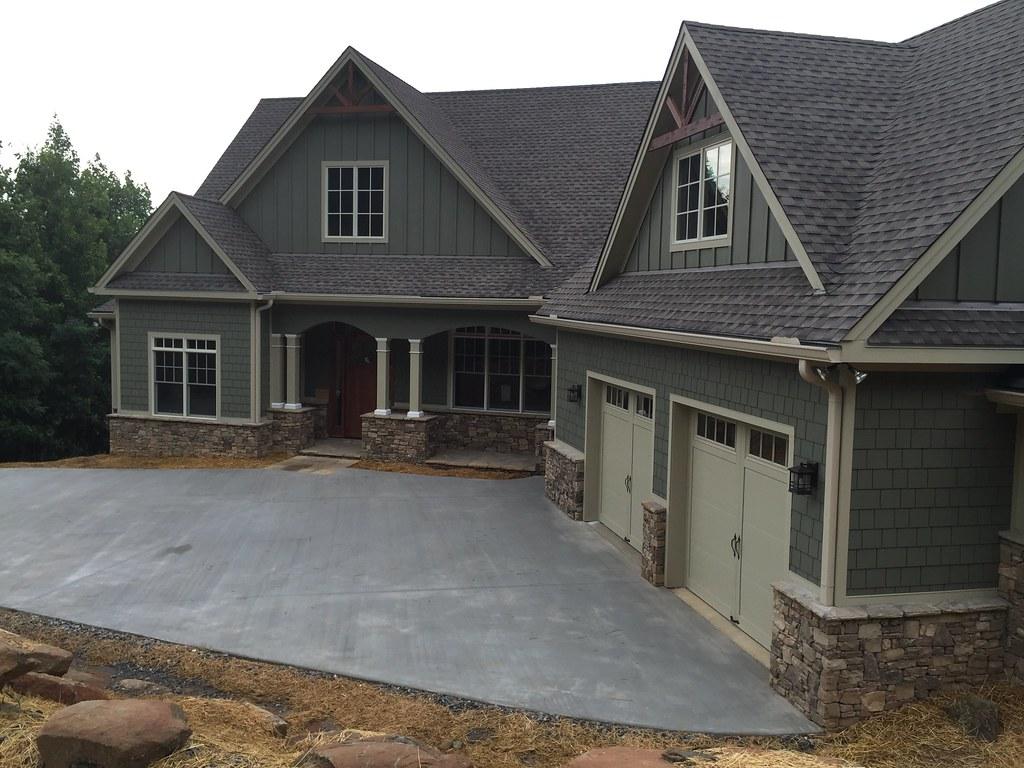 1320 exterior e this craftsman blend hillside walkout for Hillside walkout house plans