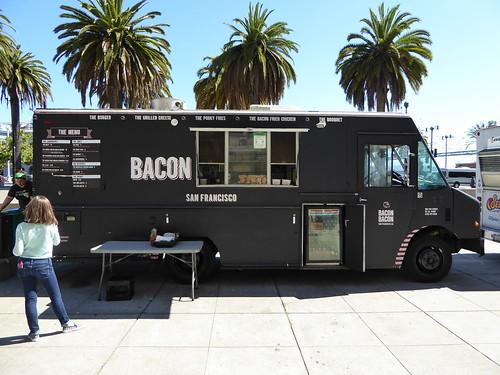Food Trucks San Fernando Valley Friday Nights