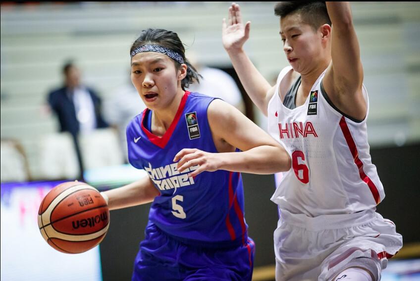彭曉彤(圖左)。(FIBA提供)