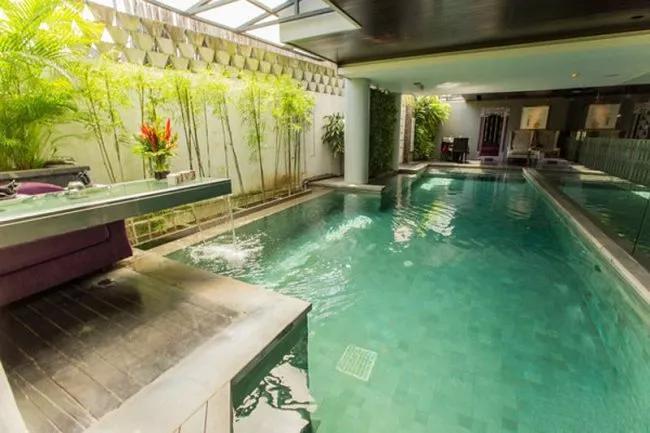 13-pool--v6687653