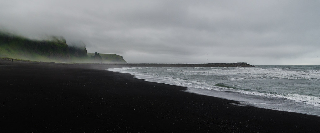 black sand beach on a foggy day iceland iceland igor. Black Bedroom Furniture Sets. Home Design Ideas
