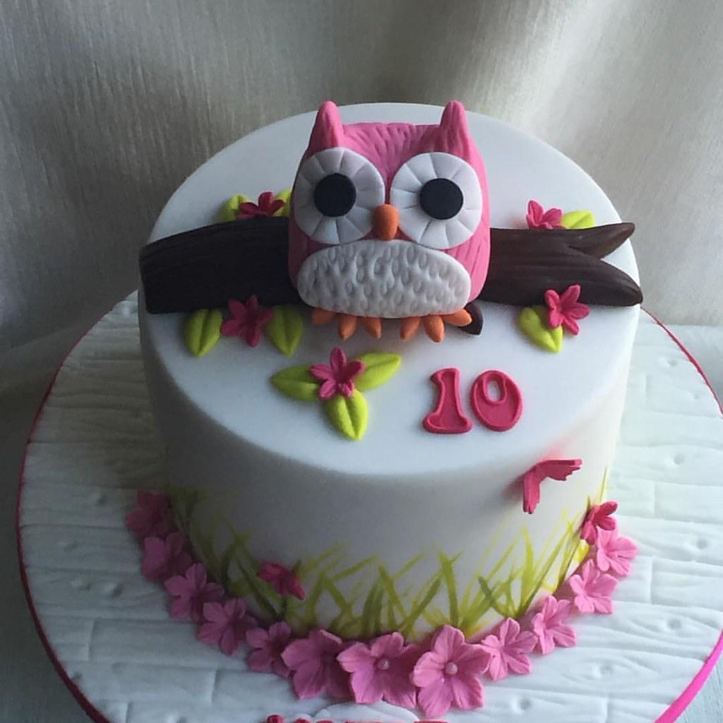 Simple Owl Cake For Katie.....happy 10th Birthday Xx