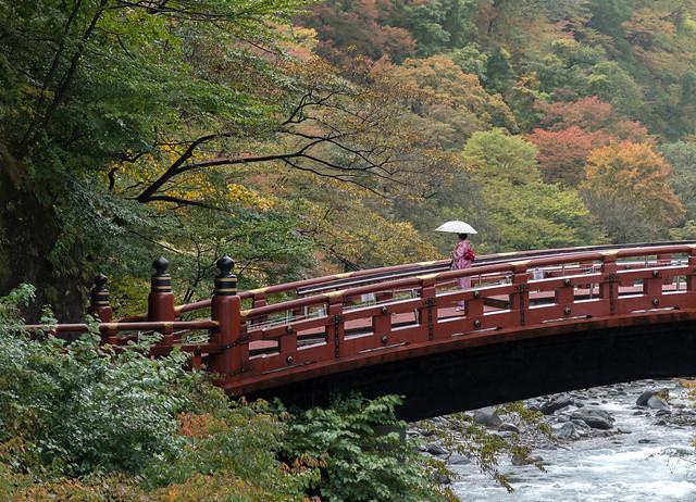 Как-то так мы себе Японию и представляли :)