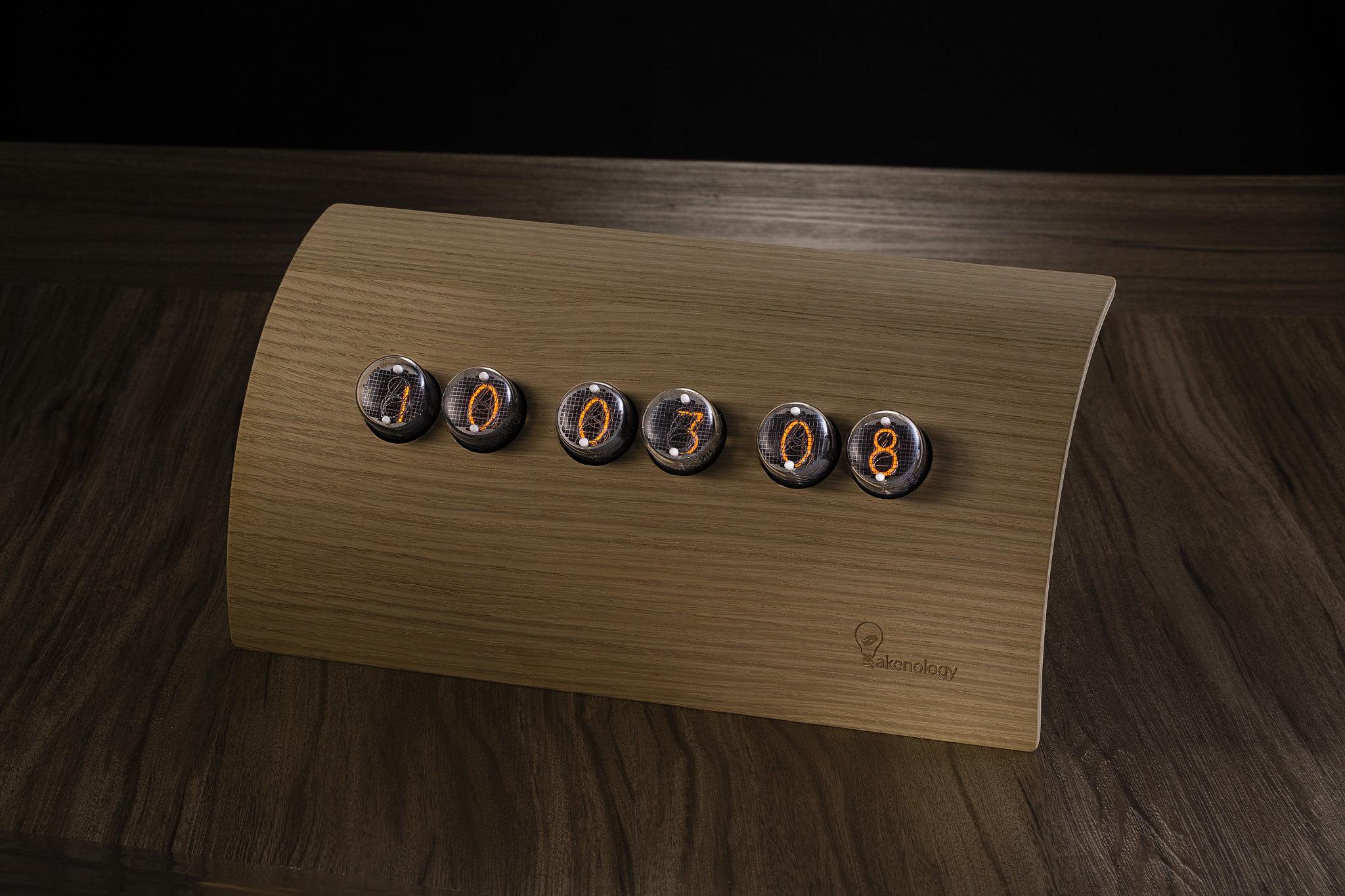 Jova Nixie Tube Clock IN4 - Oak Loft Nixie Tube