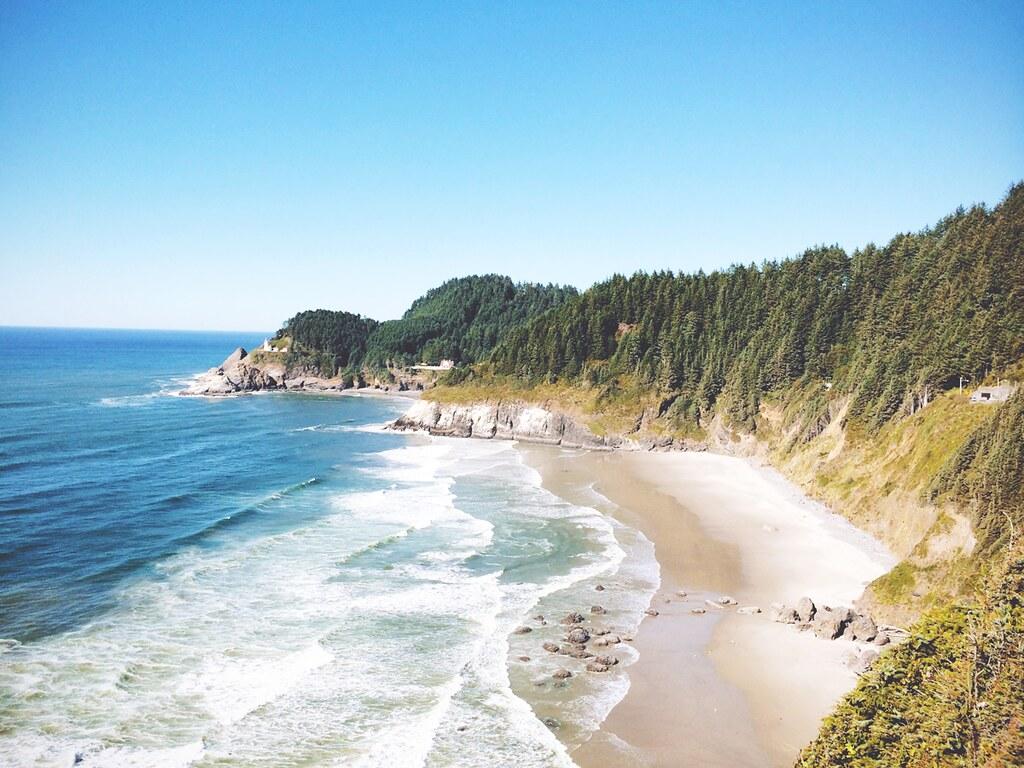 The Oregon Coast near Depoe Bay | via It's Travel O'Clock