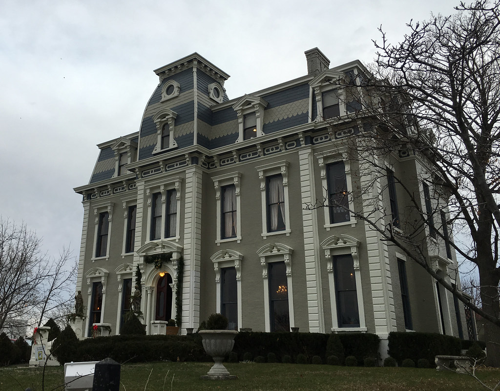 Bossler Mansion on Dutoit Street in St. Anne's Hill Historic District, Dayton, Ohio, Dec. 13, 2015 (photo by the author) (click to view larger)