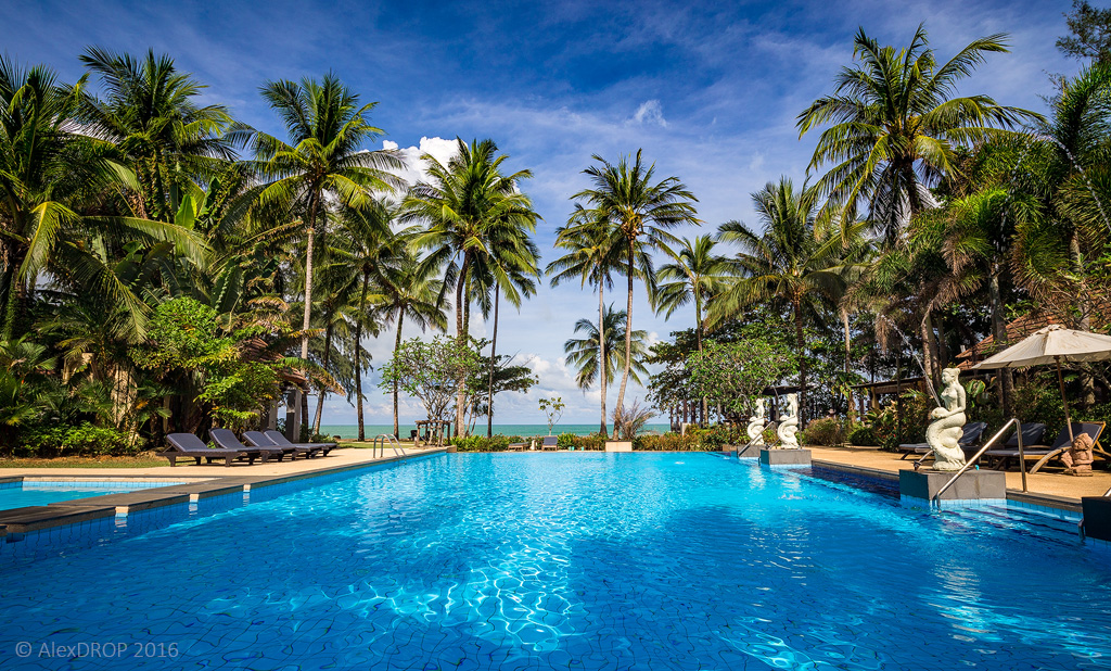 Nangthong Beach Resort
