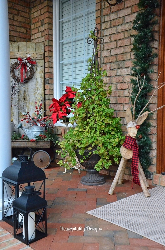 Christmas Porch - Housepitality Designs