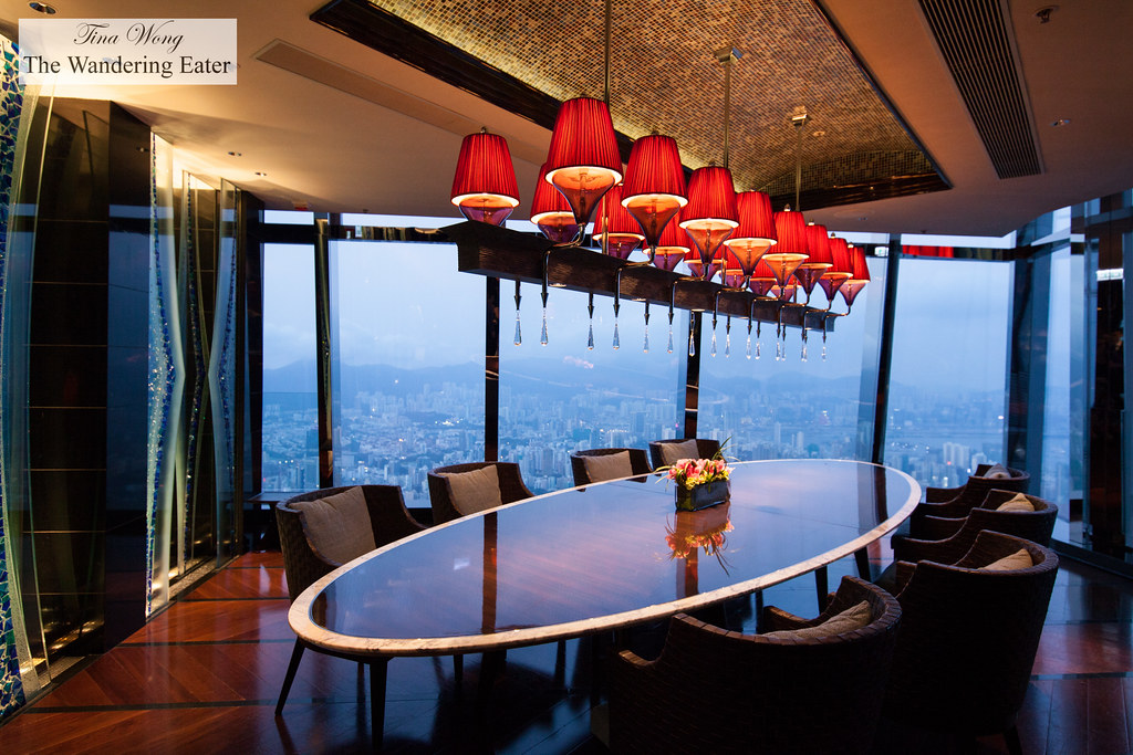 Private dining room at tosca ritz carlton hong kong for Best private dining rooms hong kong