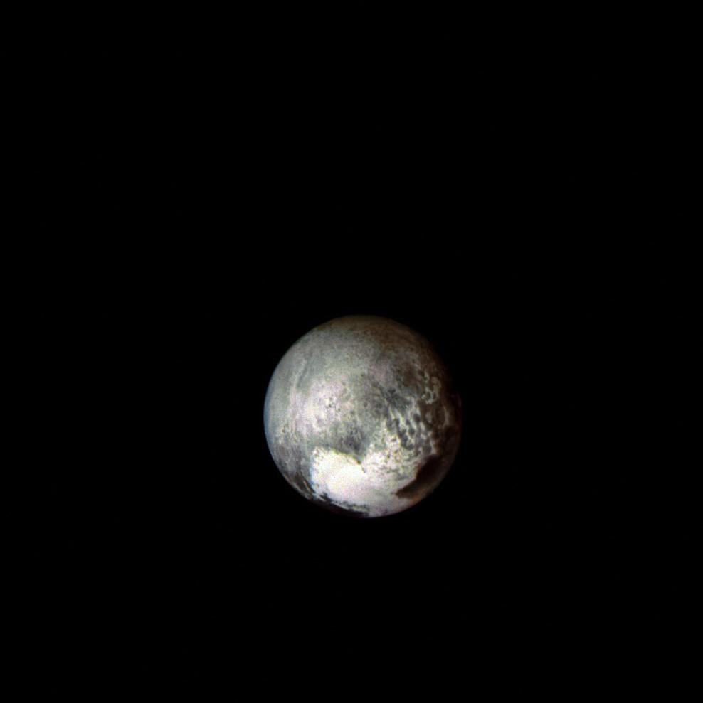 Plutone - LORRI, 13 luglio 2015