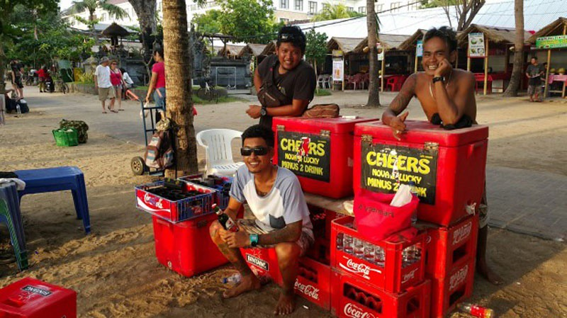 10-Beer-Vendors-by-Amilia-Rosa