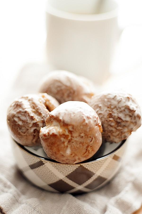 glazed doughnut holes
