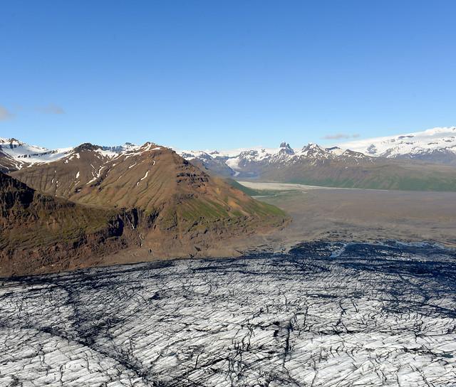 Impresionante panorámica de glaciares desde el aire en Islandia