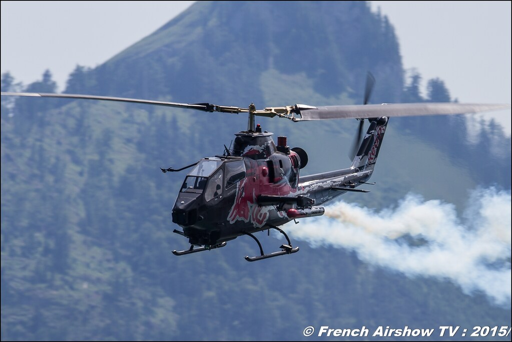 The Flying Bulls Bell AH-1 Cobra , Red Bull Bell AH1 Cobra Helicopter , N11FX , Sankt Wolfgang / St Wolfgang : Austria , scalaria air challenge 2015, Meeting Aerien 2015