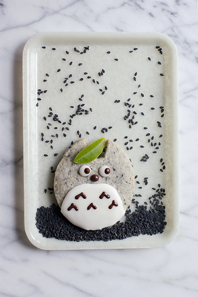 Totoro Black Sesame Shortbread by @cindyr