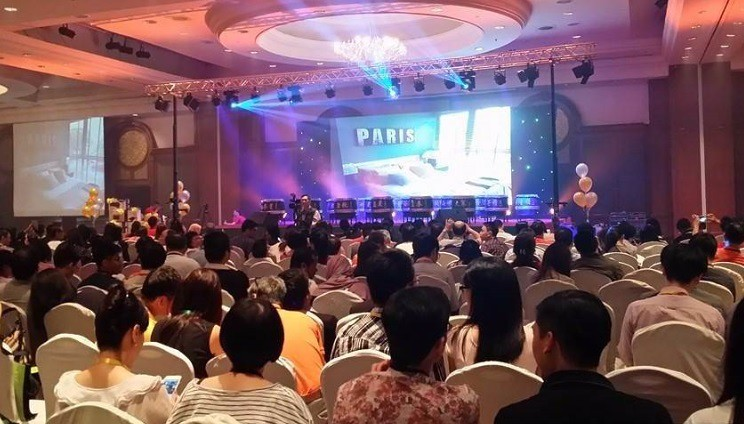 A large crowd of people turned up at Googolplex Properties National Convention 2015 for the purchase of Liberty at Arc Central, Ampang Heights.
