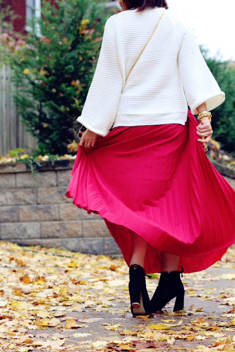 red-pleated-skirt-suede-boots-7