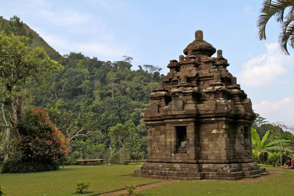 13-selogriyo-temple
