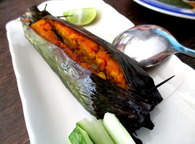 Payung Cafe otak fish