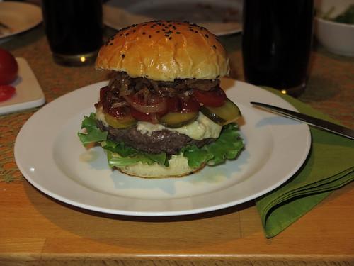 Nebraska-Dry-Aged-Beef-Burger (ganz)