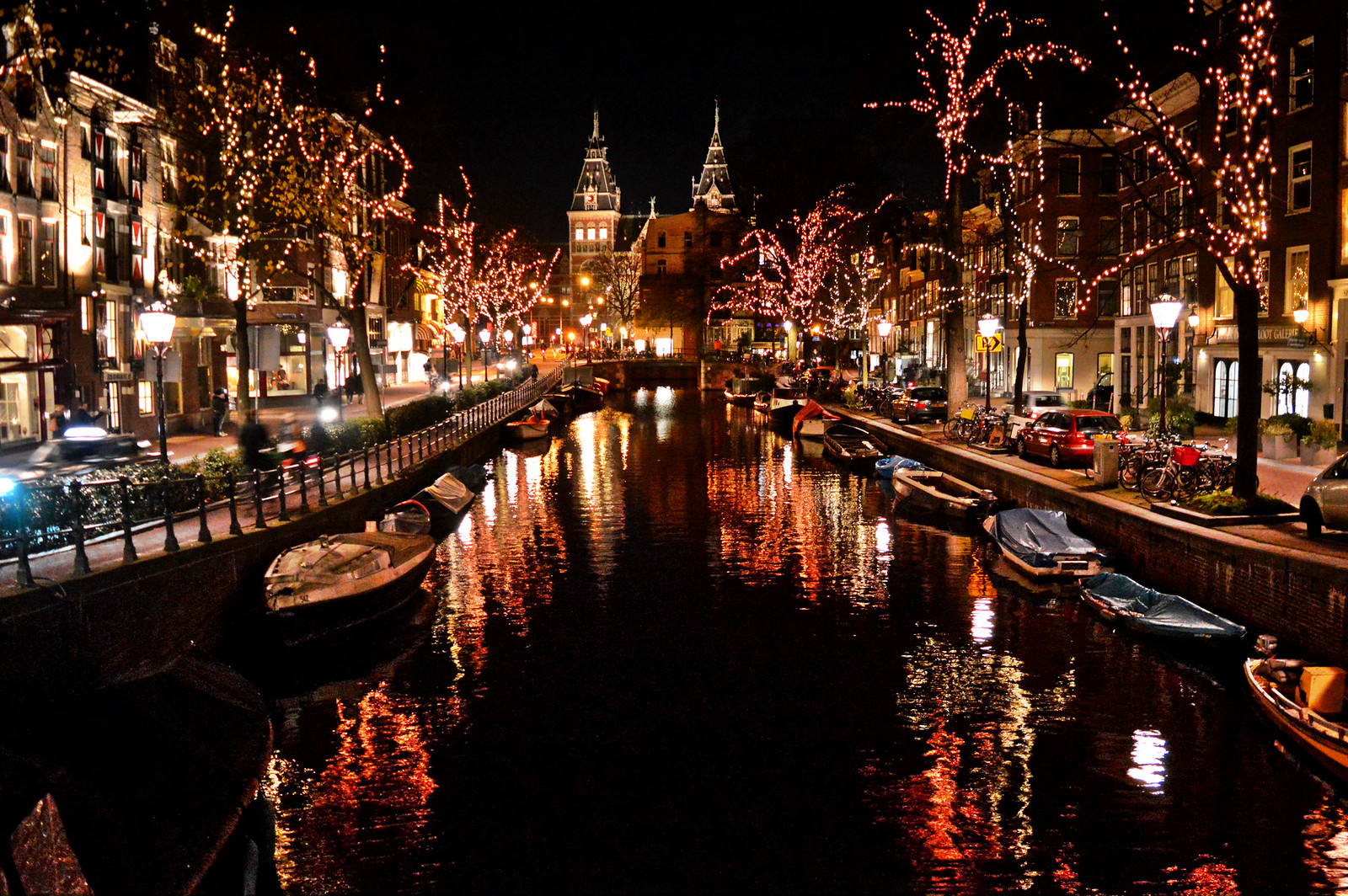 Spiegelgracht in December
