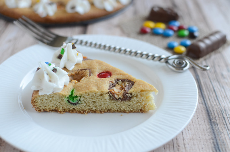 Halloween Candy Cookie Cake - use leftover Halloween candy to make a giant cookie!