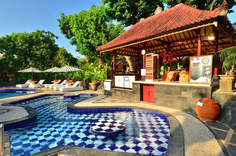 8-bar-by-pool