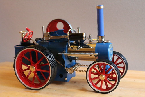 Improving the Wilesco traction engine wheels