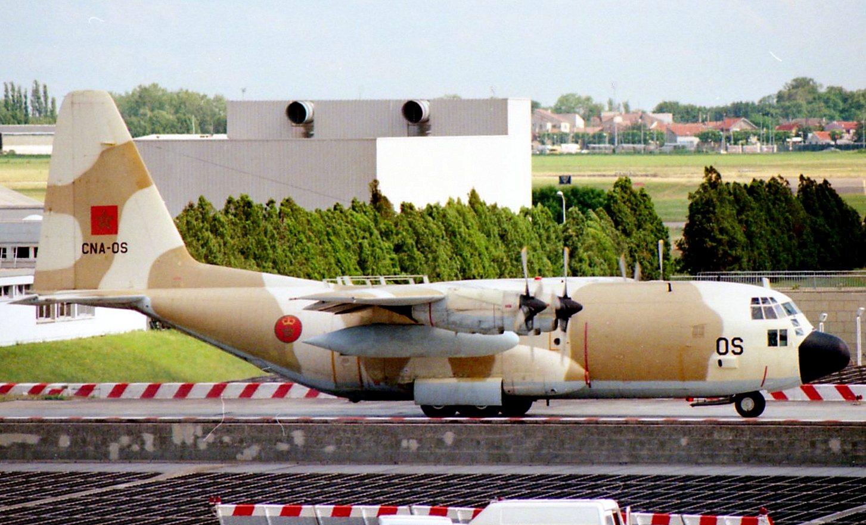 طائرات النقل العاملة بالقوات المسلحة المغربية - صفحة 2 22353256819_de3f1422b7_o