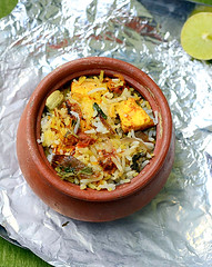 Pot biryani with paneer