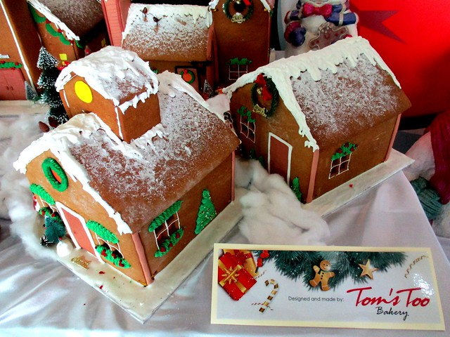 Gingerbread houses from Tom's Too