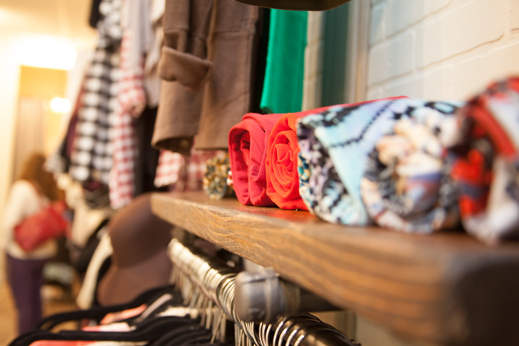 Resale Clothes Store Th St