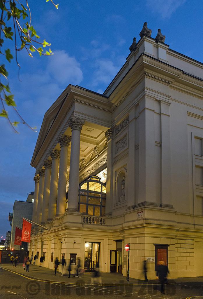 Covent garden 7223 royal opera house covent garden londo flickr for Royal opera house covent garden