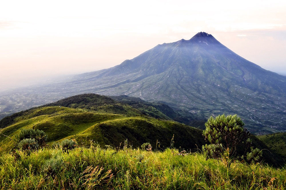 Gambar Pemandangan Alam Pegunungan  Gambar V