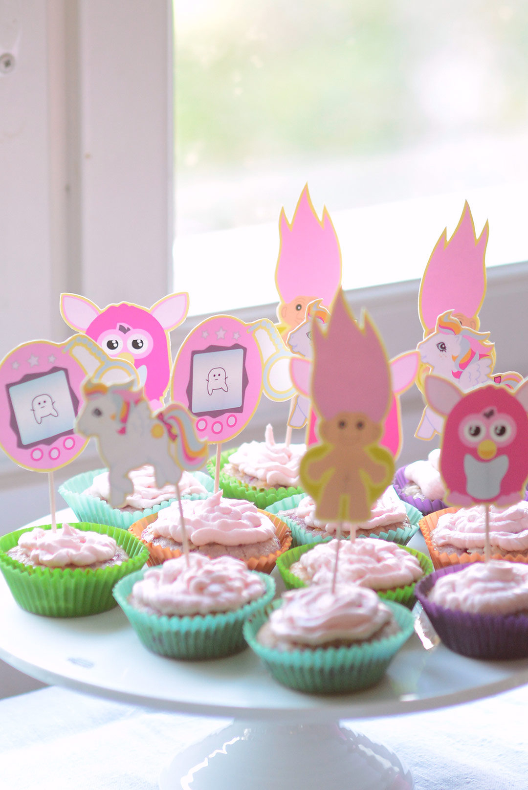 Cute pink 90's party printables